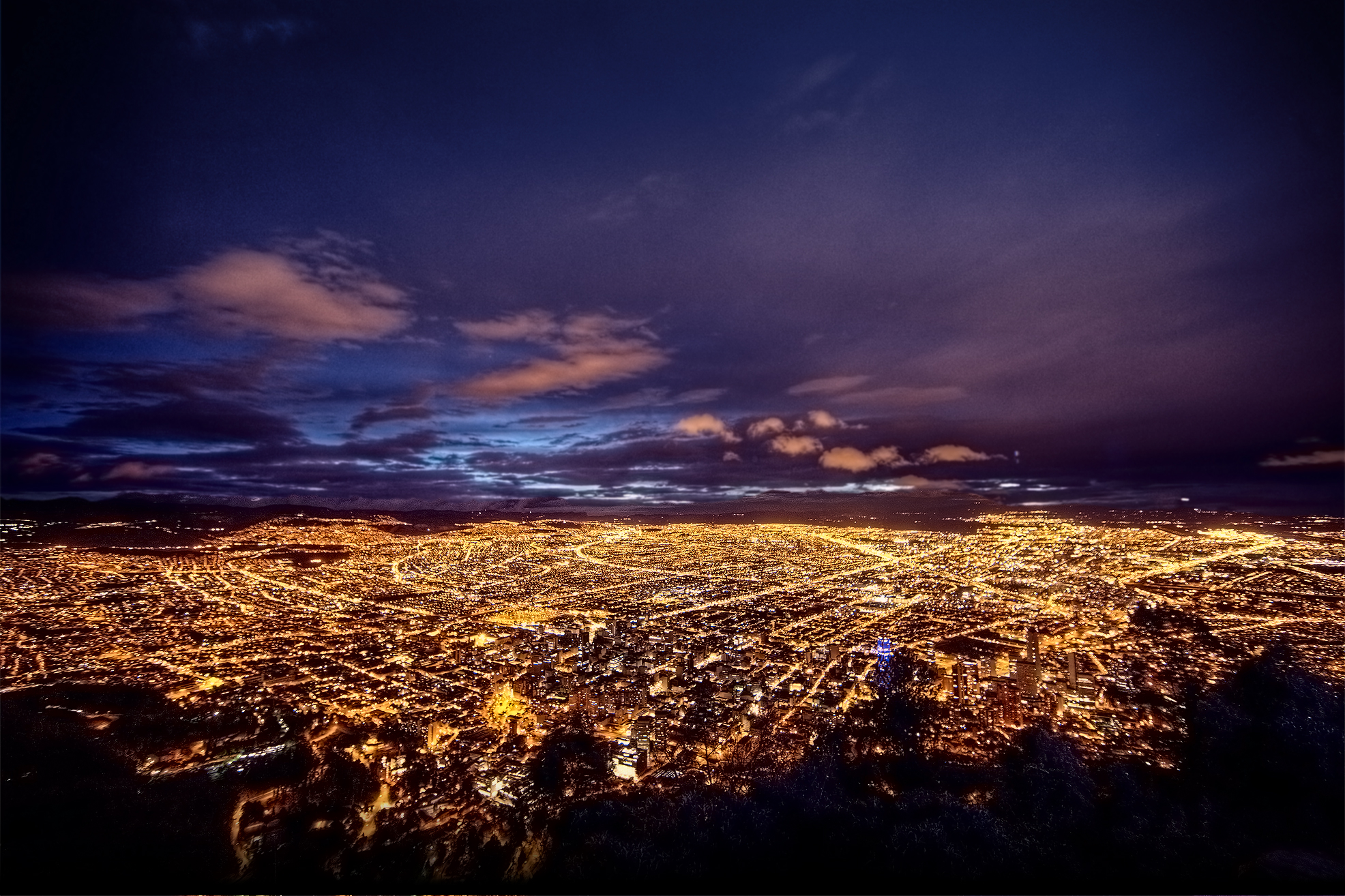 Stunning-Bogota-City-in-Colombia-Wallpaper